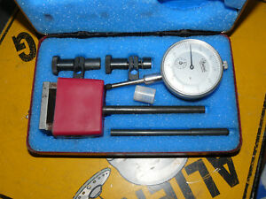Vintage Central Tool Company Dial Indicator Gauge Gage Set With Mag Base
