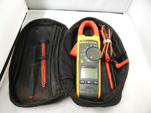 Fluke 375 True Rms Clamp Meter Used With Leads