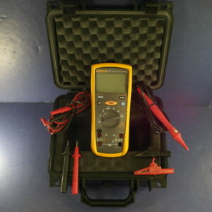Fluke 1577 Multimeter Excellent Hard Case Accessories Screen Protector