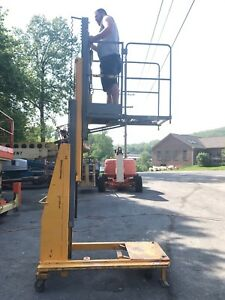 Biljax Workforce Xlt 1571 15 Personal Boom Vertical Mast Personnel Lift