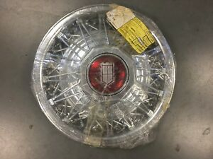 Nos Grand Marquis Hubcap Wheel Cover 15 Factory Wire Hub Cap 832