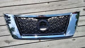 2013 14 15 Nissan Pathfinder Front Grill Without Camera In Emblem Oem