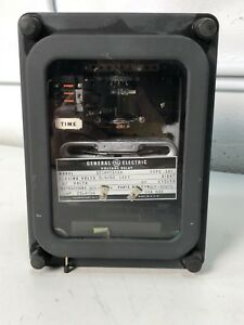 General Electric Voltage Relay 12iav51a1a