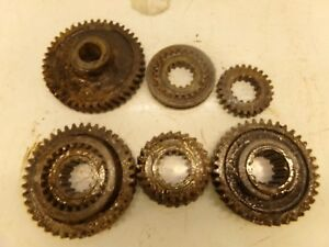 Oliver 880 Tractor Trans Gears