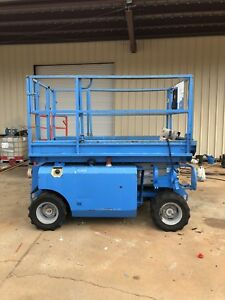 1999 Genie 2668rt Rough Terrain Gas 4x4 Scissor Lift Jlg Boom Skyjack