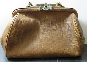 Antique Locking Brown Tan Leather Doctor S Bag 10 25 X 12 X 5 25 Very Good