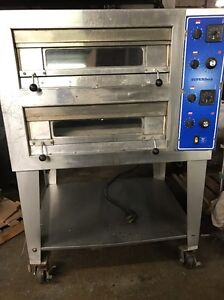 Bakers Pride Superdeck Series Pizza Oven