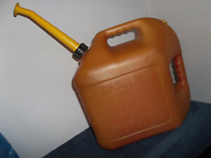 Blitz 5 Gallon Gas Can Fuel Container Pre ban Vented Long Spout 11833 Gasoline