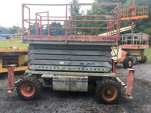 2007 Skyjack Sj8243 4x4 43 Rough Terrain Scissor Lift With Outriggers