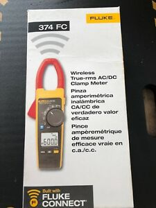 Fluke 374 Fc True Rms Clamp Meter Tester New