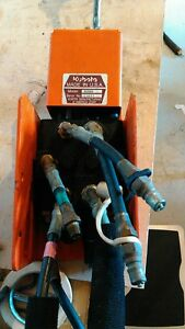 Kubota Loader Control Valve B2069 With Hoses