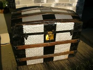 Antique Humpback Camelback Steamer Trunk Wood Pirate Treasure Chest 1880 S W Key