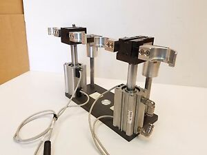 Lot Of 2 Phd Pneumatic Parallel Gripper Grb11 2 12 X 180 W smc Air Cylinders