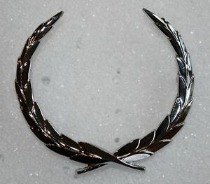 1965 1968 Cadillac Trunk Wreath Emblem New