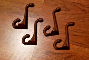 Lot Of 4 Cast Iron Vintage Design Old English School Acorn Coat Scarf Brown Hook