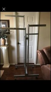 Large Commercial 4 Way Quad Clothing Rack preowned Store Fixtures Chrome Gray