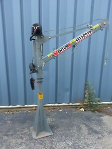 Venturo Electric Mast Crane Ce1500fb 800 1500 Lb Lift Capacity Truck Mounted