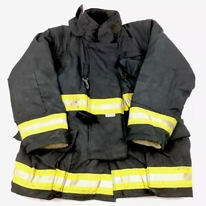 Quest Firefighter Turnout Jacket Mens 52x33 Black With Liner