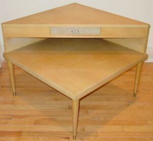 Mid Century Retro Corner Table Living Room Couch Table Excellent Condition