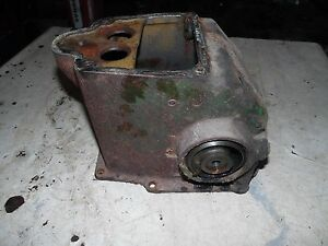 Oliver 88 Tractor Hydraulic Tower Housing