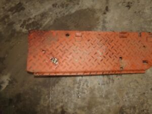 Case Vac Tractor Right Step
