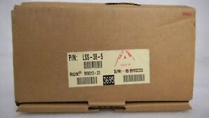 Lambda Lss38 5 Regulated Power Supply 5 5 Vdc 20 0 A 40 c