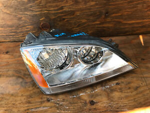 2003 2004 2005 2006 Kia Sorento Right Passenger Halogen Headlight 92102 3e0