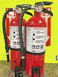 2 fire Extinguisher kidde 5lb Non Rechargeable 3a 40b c W Bracket