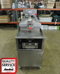 Henny Penny 500rb pfe 500 Commercial Electric Pressure Fryer