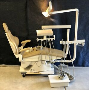 Dansereau Am Pedo Dental Chair W Doctor assistant Infinity Delivery Exam Light
