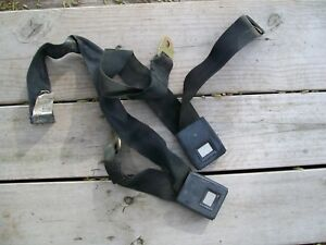 International Scout Ii Travelall Pickup Front Seat Belts female Sides Only