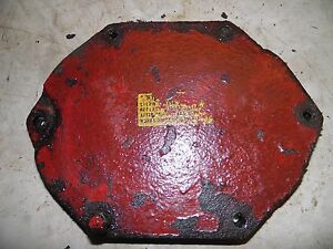 International 606 Tractor Hydraulic Filter Cover