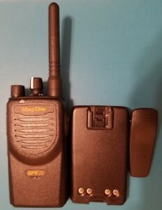 Motorola Mag One Bpr20 Vhf Two Way Radio Walkie Talkie Portable 16 Ch 2 W