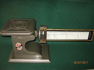 Vtg Pelouze 4 Pound Postage Scale clean 16 X 7 s made In U s a