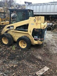 Caterpillar 236 Skidsteer Skid Loader Project Parts Machine