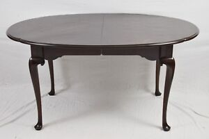 Statton Old Towne Cherry Scalloped Edge Queen Anne Style Dining Table