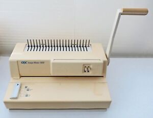 Gbc Image Maker 1000 Manual Comb Binding Machine W 100 s Of New Plastic Spines