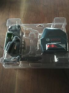 Bosch Gll100g 100 foot Range Self leveling Green Beam Cross Line Laser