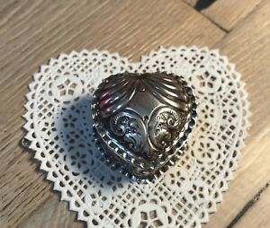 Antique Joseph Willmore Repousse 1886 Sterling Silver Vinaigrette Heart Box