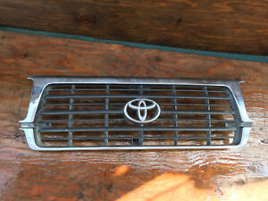 1995 1996 1997 Toyota Land Cruiser Front Grille 53101 60120
