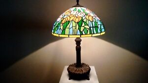 Vintage Tiffany Factory Coral Tulips Slag Stained Glass Shade Metal Base Lamp