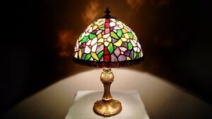 Vintage Tiffany Style Stained Glass Shade Antique Painted Base Night Light Lamp