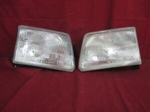 Nos Oem Dodge B1500 B2500 Ram Van Headlamp Light 1998 03 Pair