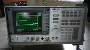 Hp 8592l Spectrum Analyzer 9 Khz 22ghz Powers Up Good Screen Nice Unit