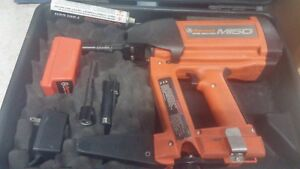 Ramset M150 Single Shot Gas Fastening Tool W battery Charger fasteners