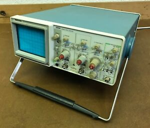 Tektronix 2213a Analog Oscilloscope