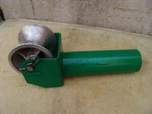 Greenlee 441 4 Cable Tugger Puller Feeding Sheave Great Shape 4