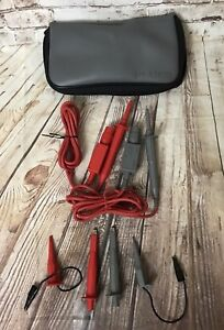 A Pairs Of Philips Pm8918 Insulated Probes Hooks And Ground Leads