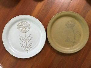 Vintage Martz Art Pottery Marshall Studios Set 0f 2 Dishes Plates Mcm