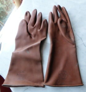 Vintage Salisbury Chicago 22 Electrical Rubber Gloves No 1440 c Size 10 Brown
